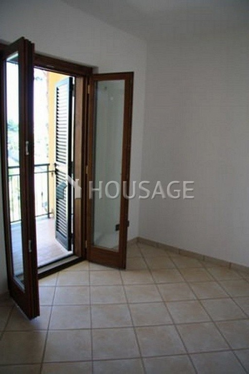 3 bed townhouse for sale in Anzio, Italy, 160 m² - photo 9