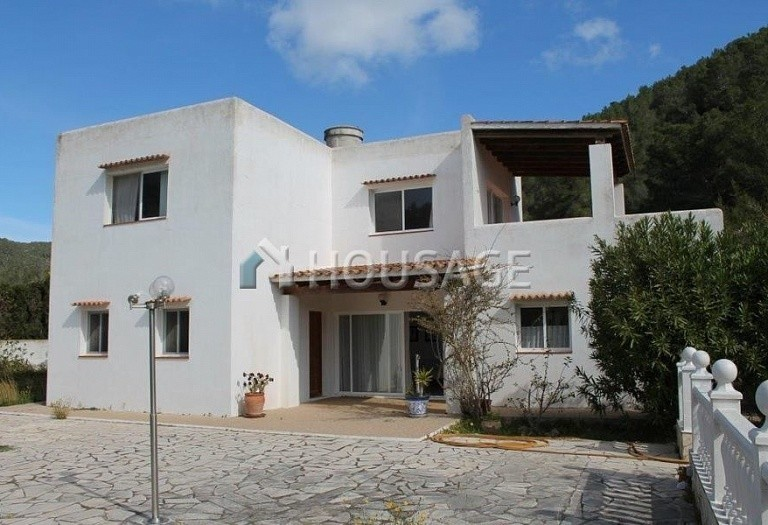 3 bed a house for sale in Eivissa, Ibiza, Spain, 130 m² - photo 2