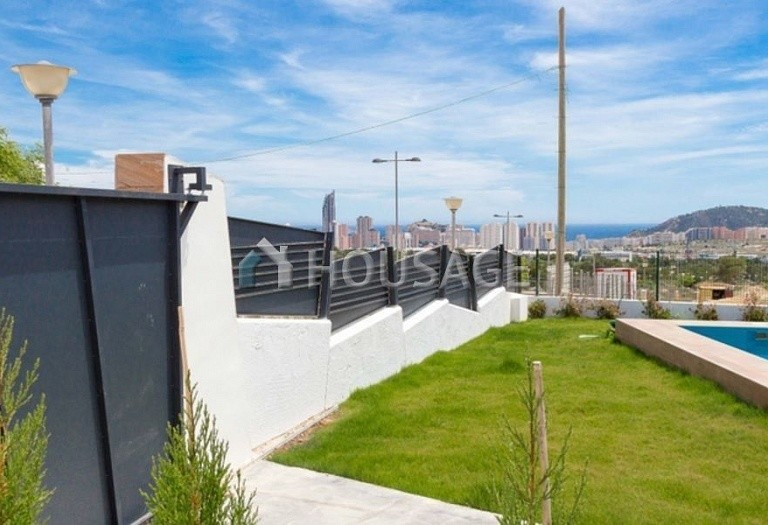 3 bed villa for sale in Benidorm, Spain, 173 m² - photo 2