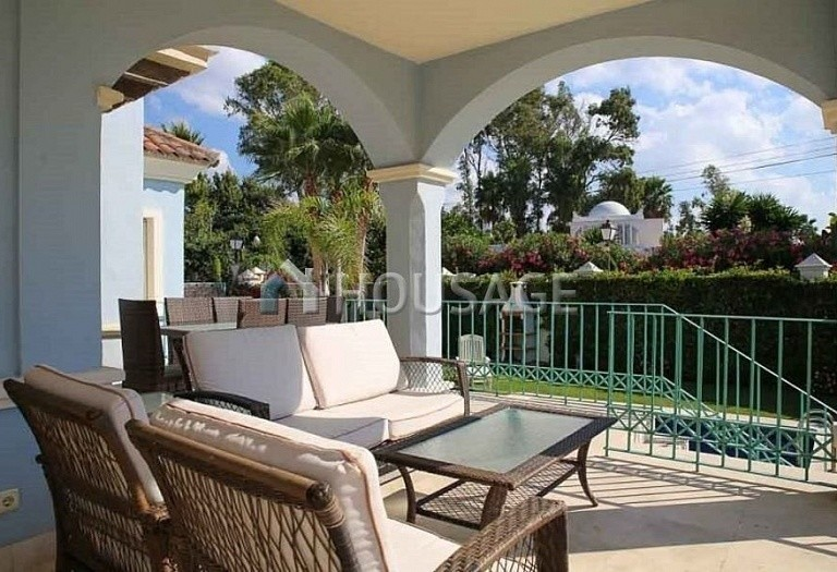 Villa for sale in Puerto Banus, Marbella, Spain, 380 m² - photo 11