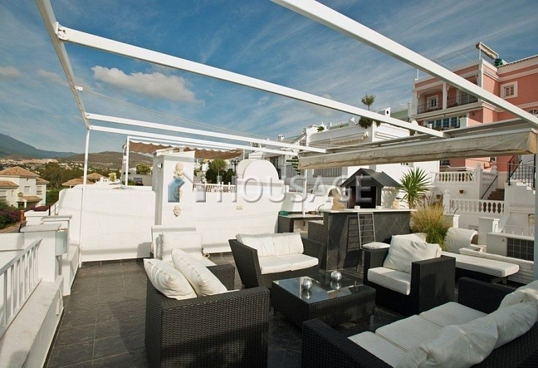 Townhouse for sale in Nueva Andalucia, Marbella, Spain, 200 m² - photo 5