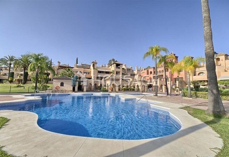 Apartment for sale in Benahavis, Spain, 192 m² - photo 1