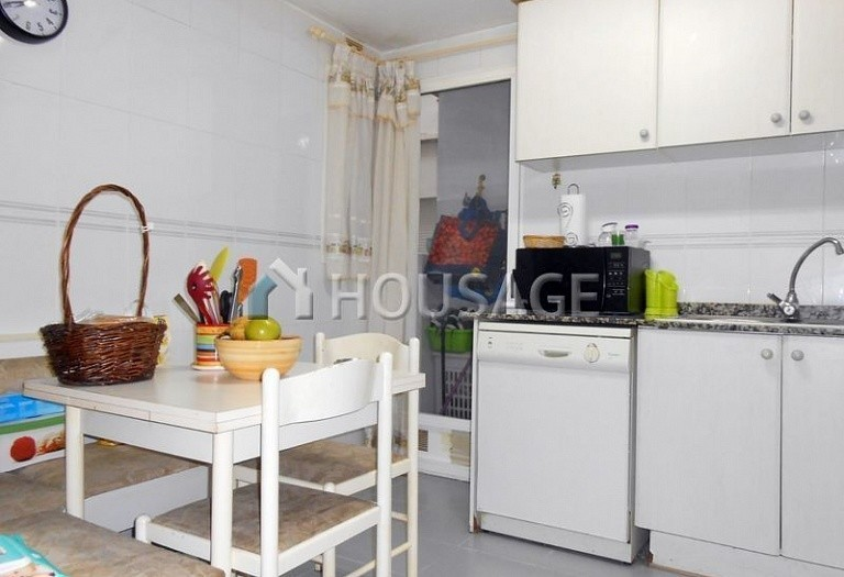 3 bed flat for sale in Paterna, Spain, 82 m² - photo 9