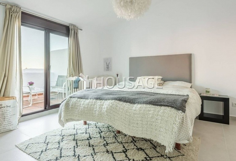 Flat for sale in Nueva Andalucia, Marbella, Spain, 234 m² - photo 7