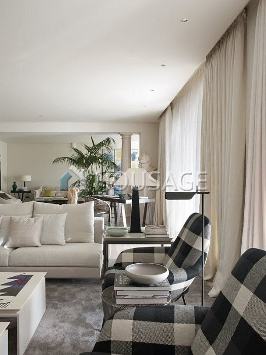 Flat for sale in Los Monteros, Marbella, Spain, 749 m² - photo 14
