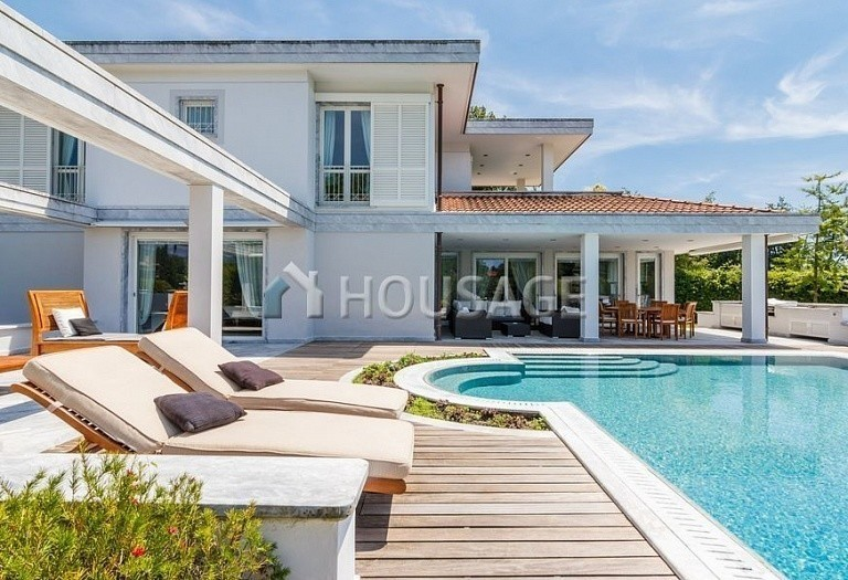 6 bed villa for sale in Forte dei Marmi, Italy, 560 m² - photo 52