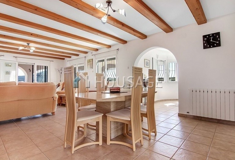 3 bed villa for sale in Benitachell, Spain, 253 m² - photo 4