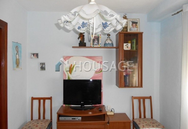 4 bed flat for sale in Manises, Spain, 105 m² - photo 16