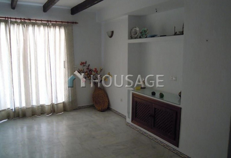 2 bed apartment for sale in Torrevieja, Spain - photo 4
