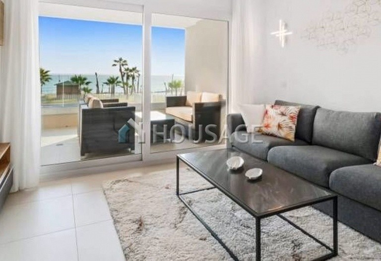 3 bed flat for sale in Torrevieja, Spain, 97 m² - photo 9