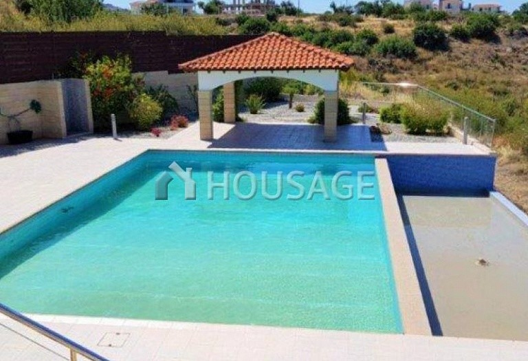 6 bed villa for sale in Kissonerga, Pafos, Cyprus, 440 m² - photo 9