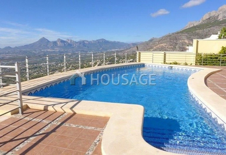 4 bed villa for sale in Altea, Altea, Spain - photo 5