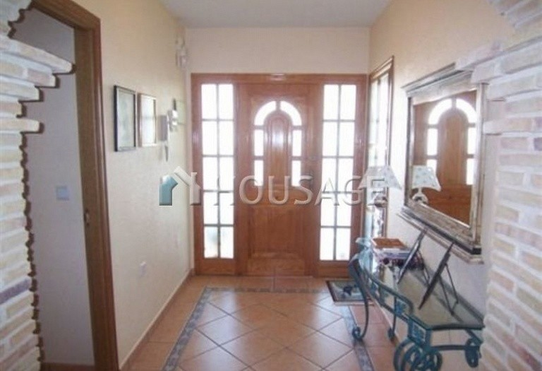 5 bed villa for sale in Torrevieja, Spain - photo 4