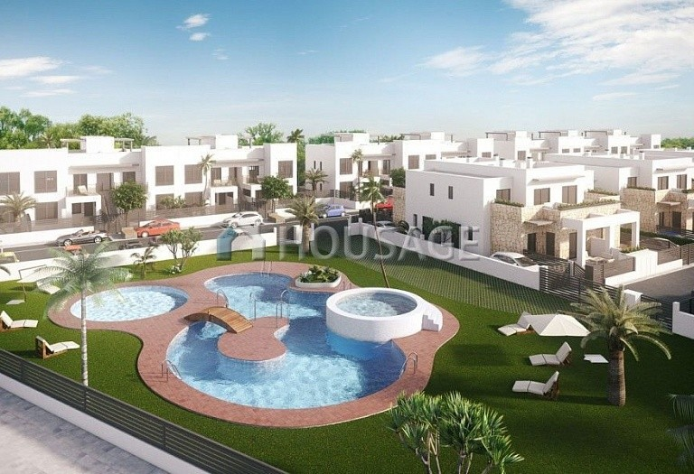 2 bed a house for sale in Torrevieja, Spain, 68 m² - photo 9