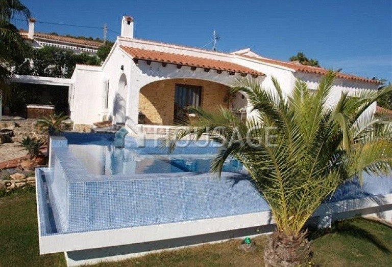 3 bed villa for sale in Calpe, Calpe, Spain - photo 8