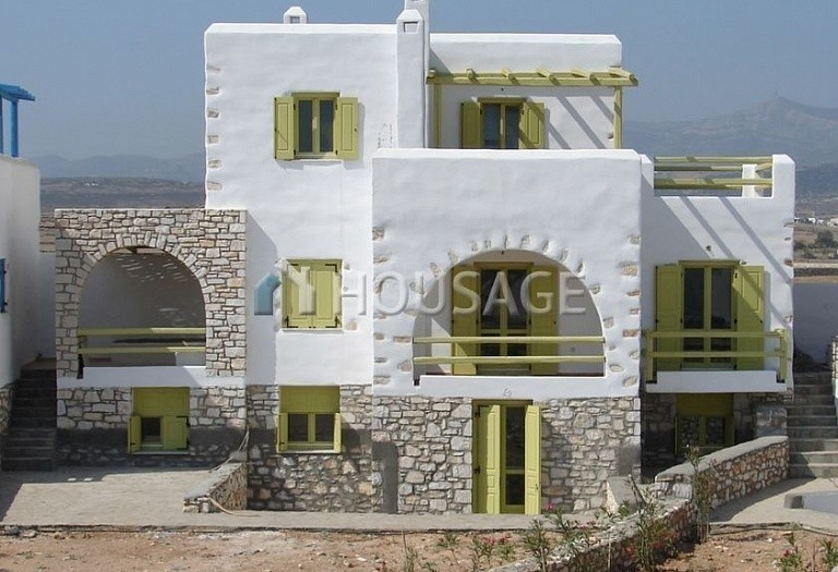 4 bed villa for sale in Naousa, Paros, Greece, 226 m² - photo 1