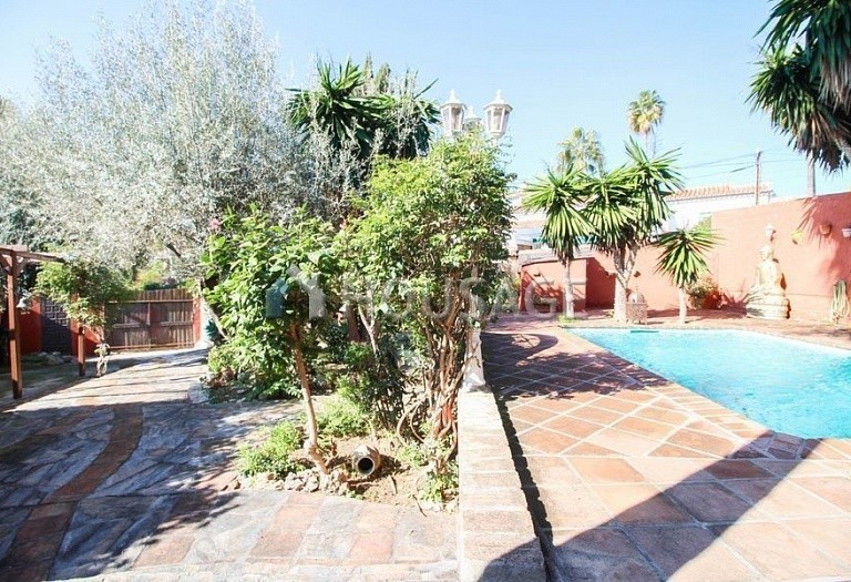 Villa for sale in Elviria, Marbella, Spain, 260 m² - photo 4