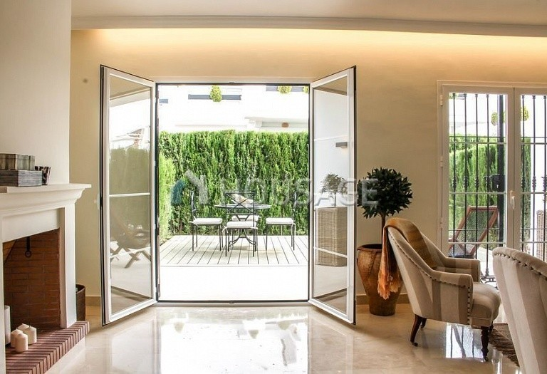 Townhouse for sale in Nueva Andalucia, Marbella, Spain, 263 m² - photo 4