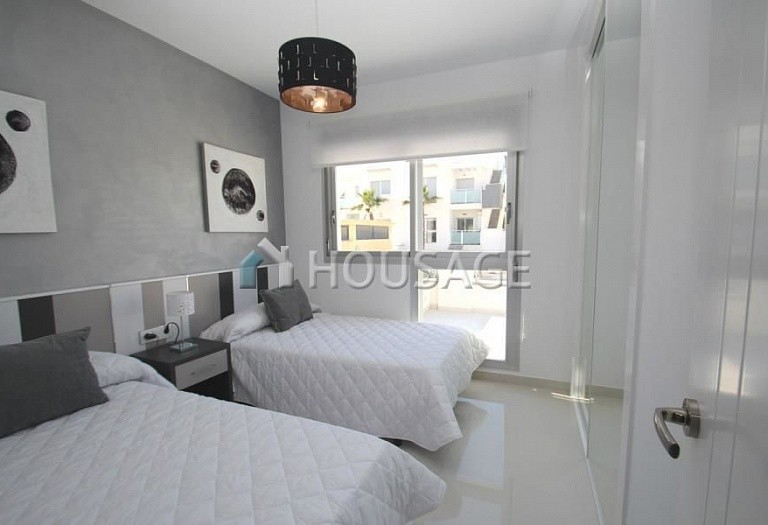 2 bed apartment for sale in Guardamar del Segura, Spain, 69 m² - photo 7
