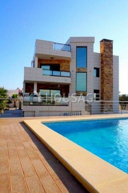 3 bed villa for sale in Torrevieja, Spain - photo 9