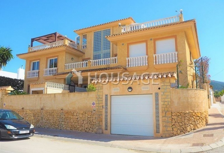 6 bed villa for sale in Albir, Spain, 280 m² - photo 1
