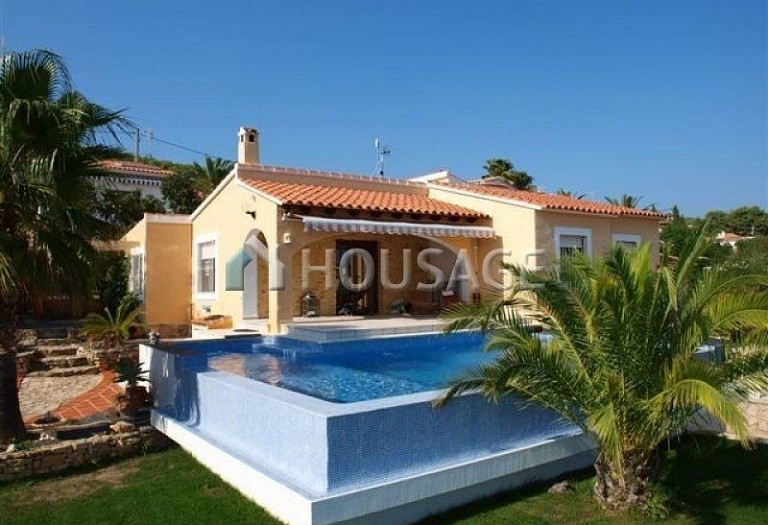 3 bed villa for sale in Calpe, Calpe, Spain - photo 4