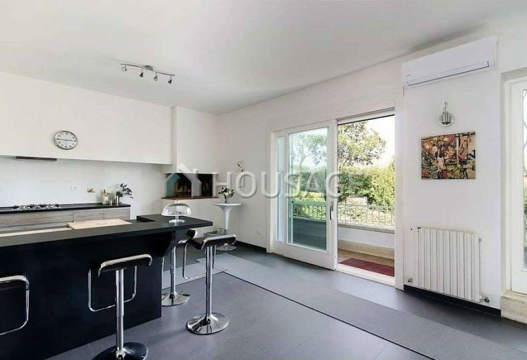 9 bed villa for sale in Rome, Italy, 1100 m² - photo 9