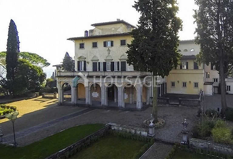 Villa for sale in Florence, Italy, 2347 m² - photo 5