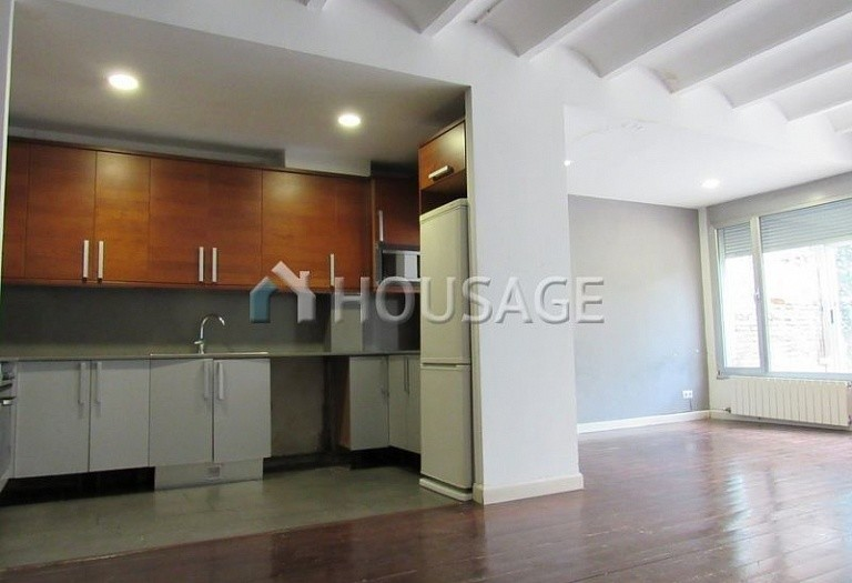 2 bed flat for sale in Barcelona, Spain, 144 m² - photo 2