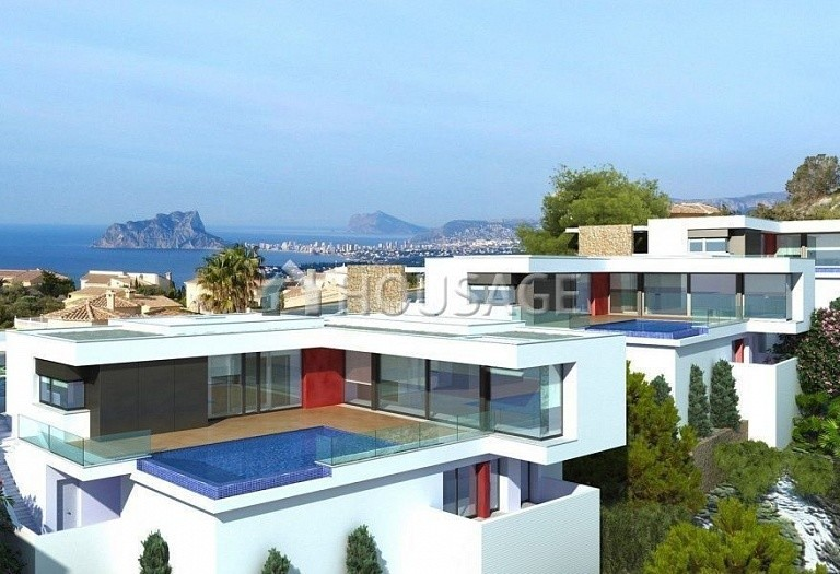 3 bed villa for sale in Moraira, Spain, 351 m² - photo 2
