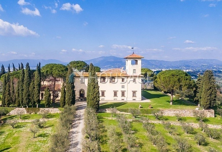 9 bed villa for sale in Florence, Italy, 2800 m² - photo 71