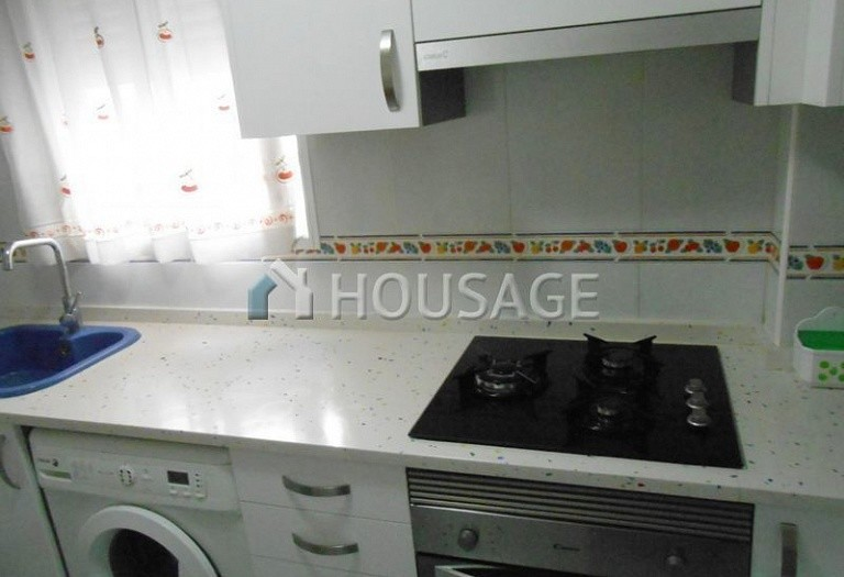 4 bed flat for sale in Manises, Spain, 105 m² - photo 2
