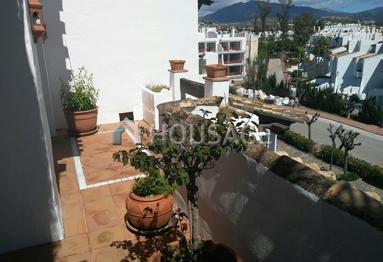 Apartment for sale in Cancelada, Estepona, Spain, 248 m² - photo 3