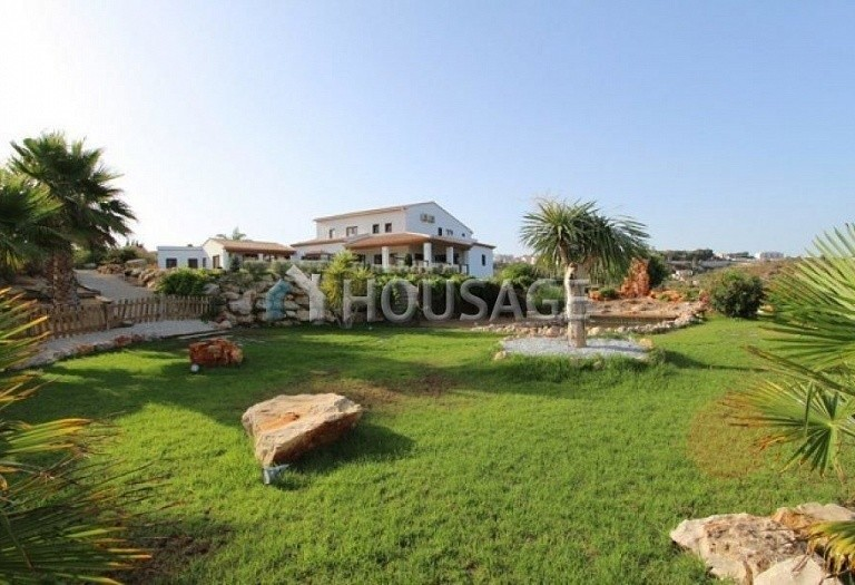 4 bed villa for sale in Benisa, Benisa, Spain, 700 m² - photo 1