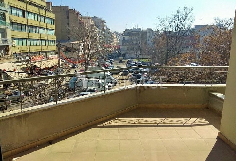 1 bed flat for sale in Ampelokipoi, Salonika, Greece, 70 m² - photo 1