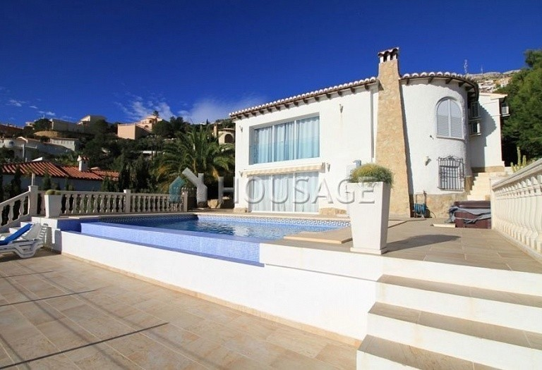 4 bed villa for sale in Benitachell, Benitachell, Spain - photo 1