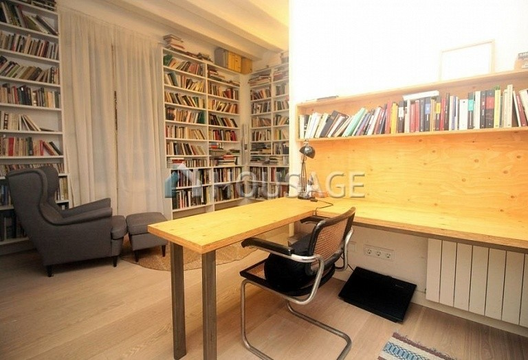 3 bed flat for sale in Gothic Quarter, Barcelona, Spain, 140 m² - photo 18