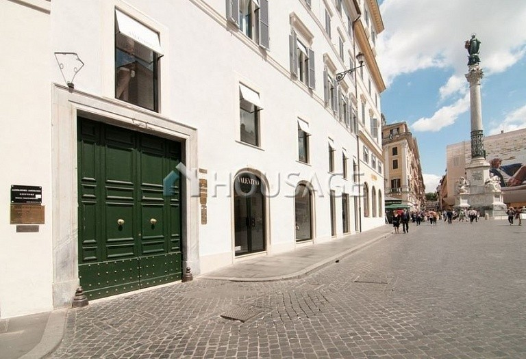 6 bed flat for sale in Rome, Italy, 440 m² - photo 14