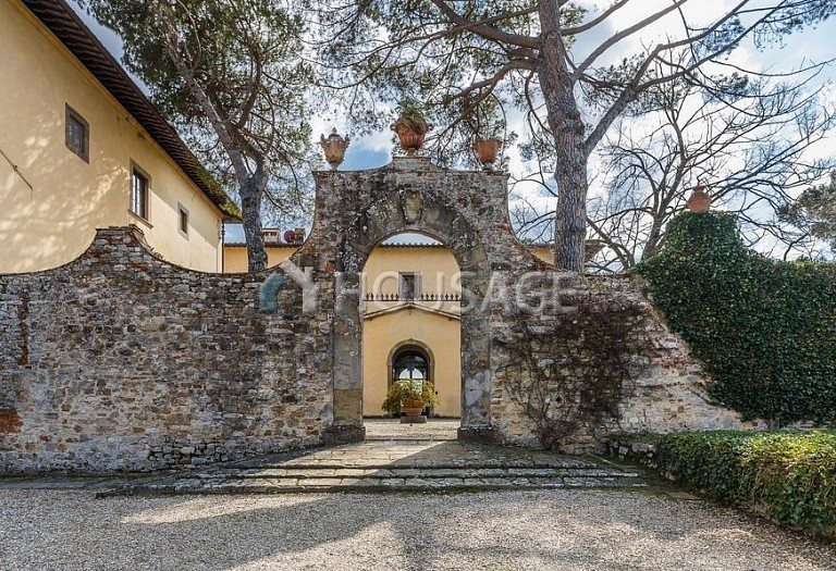 9 bed villa for sale in Florence, Italy, 2800 m² - photo 62