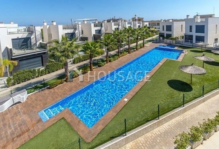3 bed apartment for sale in Torrevieja, Spain, 78 m² - photo 2