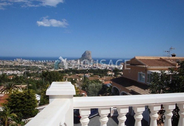 6 bed villa for sale in Calpe, Calpe, Spain, 300 m² - photo 2