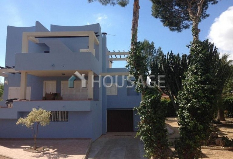 5 bed villa for sale in Orihuela Costa, Spain, 350 m² - photo 1