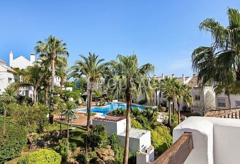 4 bed townhouse for sale in Marbella, Spain, 254 m² - photo 1