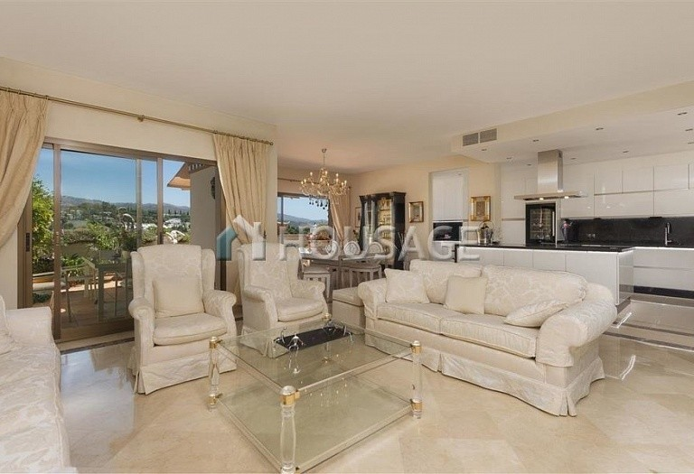 Flat for sale in Rio Real, Marbella, Spain, 300 m² - photo 3