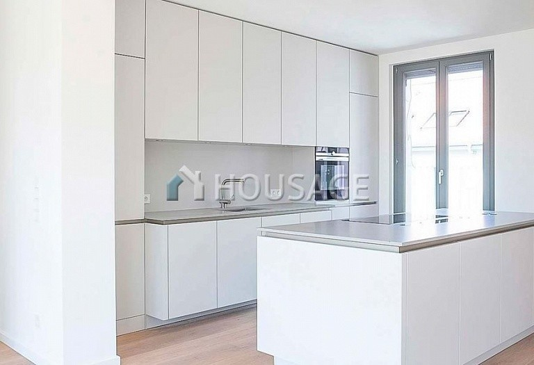 5 bed apartment for sale in Prenzlauer Berg, Berlin, Germany, 202 m² - photo 3