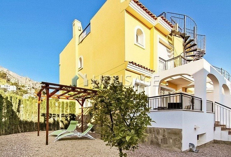 2 bed townhouse for sale in Calpe, Spain, 212 m² - photo 1