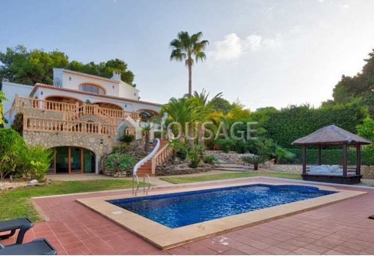 7 bed villa for sale in Javea, Spain, 619 m² - photo 1