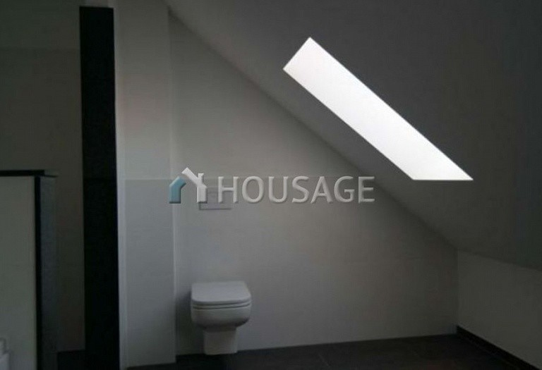 2 bed flat for sale in Dusseldorf, Germany, 161 m² - photo 22