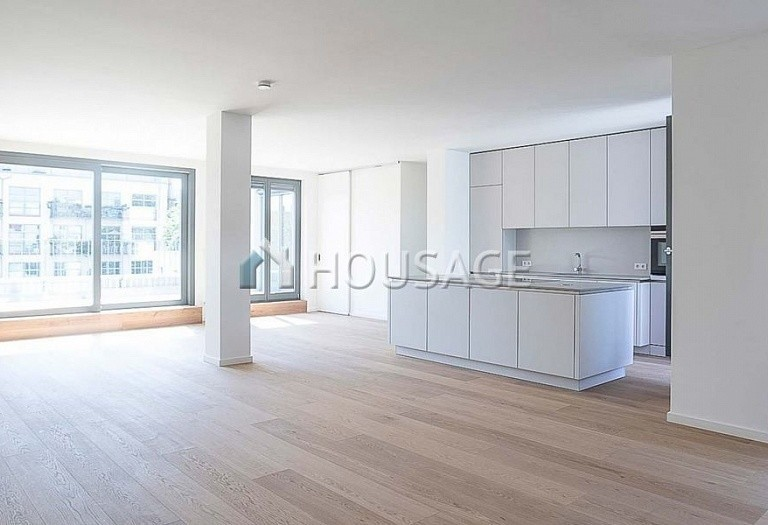 5 bed apartment for sale in Prenzlauer Berg, Berlin, Germany, 202 m² - photo 1