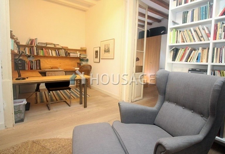 3 bed flat for sale in Gothic Quarter, Barcelona, Spain, 140 m² - photo 17